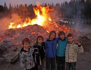 Några som hade kommit till Gerestaskolans brasa var Magnus Sjöström, Liam Caro, Carl Norling, Simon Engelholm och Simon Olofsson.
