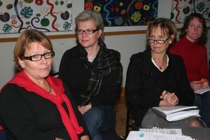 Kommunens ledningsrupp fick direktiv att gå vidare på samverkansspåret. Fr.v AnnKristine Elfendahl, Kerstin Oremark och kvalitets - och utvecklingssamordnare Mona Franzén Lundin ingår i gruppen och deltog i sammanträdet.