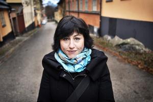Hanne Kjöller, som kritiserar andra för bristande källgranskning, får kritik för samma sak.