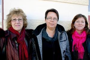 Arbetsgrupp. Lisbeth Hagsten, Ann-Kristin Nilsson och Annelis Löfström jobbar med Lekebergsrundan, en gårdsbutik- och loppisrunda som blir helgen 2–3 juli.
