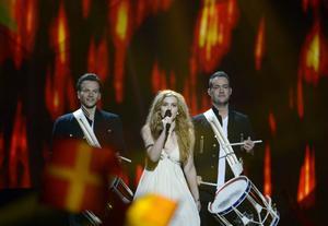 Danska Emmelie de Forest klarade favorittrycket och gick till final.