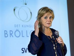 SVT:s verkställande direktör Eva Hamilton borde inte lyssna på förslaget om att flytta produktionen av Mittnytt och Nordnytt.