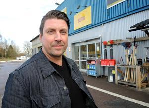 Stefan Moseby, regionchef vid Byggmax, välkomnar nya aktörer i området.