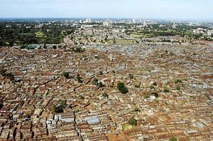 En vy över Nairobi från 2008, huvudstad i ett land som redan drabbas av klimatförändringar, skriver Per-Olof Erickson.