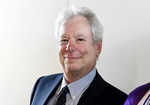 Richard H Thaler.