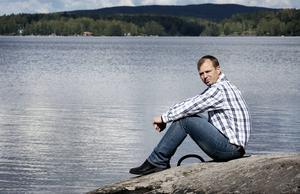Magnus Lindström från Ludvika överlevde Estonias förlisning men förlorade båda sina föräldrar och sin dåvarande flickvän.