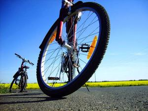 Dags att börja ut och rulla på cykelvägarna igen? Ska du köpa ny cykel – tänk igenom köpet innan.