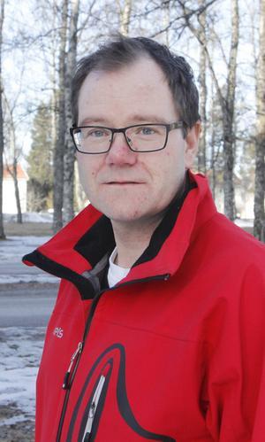 2       Gunnar Sandberg hade munnen full av grodor när han träffade ÖP. När han sedan försökte skylla ifrån sig smälte trovärdigheten ner till en blöt fläck.