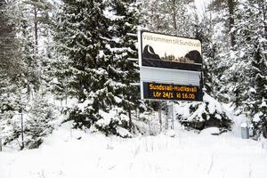 Här hälsar Sundsvalls kommun välkommen – till alla älgar och harar.