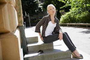 """Cajsastina Åkerström är aktuell med sitt åttonde album, """"Sånger om dej och mej"""". För första gången på länge har hon skrivit merparten av låtarna själv, tidigare har hon ofta givit sig på andras visor. Foto: Henrik Montgomery/Scanpix"""
