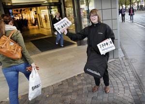 Jenny Wennberg, Arbetarbladets politiska redaktör fångade folk utanför Nian.