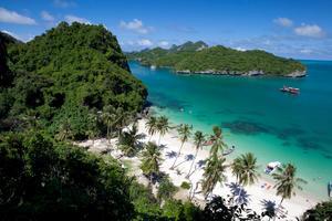 Nationalparken Angthong i närheten av Koh Samui, som anses vara ett av de mest solsäkra resmålen under sommaren.