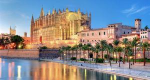Palma de Mallorca. Spanien är vårt mest populära resmål.
