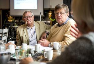 Matthias Brian och Kennet Asplund var delarrangörer för DöBra Café som hölls på Cafe Piccolo på lördagen.