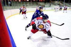 Mattias Grötting gjorde ett av Falu IF:s mål mot Nyköping och fick efter matchen beröm av tränaren Göran