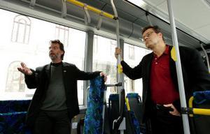 Thomas Larsson och Bengt Aldén från Framtidsbränsle AB är övertygade om att de flesta tunga fordon kommer att köra på det nya bränslet om tio år.