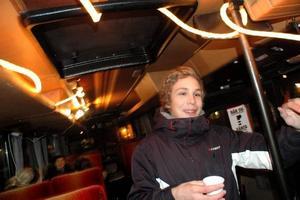 JÄTTEBRA. Christoffer Ågren tycker initiativet med en buss i centrum är jättebra.
