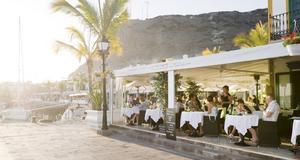 Njut av mat och vin på Kanarieöarna.