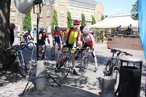 Efter målgången. Ulf Kylén och Peter Lindskog var två av deltagarna i årets Västeråscykeln.