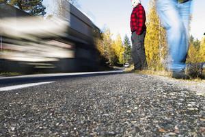 Losborna har fått nytt hopp om att få en säker gång- och cykelväg längs genomfarten. I dag finns projektet som nummer två på prioriteringslistan för Gävleborg.