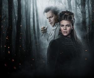 På bilden: Ola Eliasson och Elisabeth Meyer - aktuella som Dracula och Mina i operan Dracula av tonsättaren Victoria Borisova-Ollas. Regi Linus Fellbom.