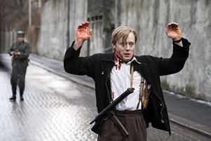 """""""Max Manus"""" (med Aksel Hennie i huvudrollen) utspelar sig i stadsmiljö. """"Vi har alltid velat göra en urban krigsfilm från Oslo"""" säger regissören Joachim Roenning."""