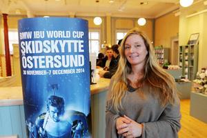 En utmaning för skidskyttet är att få veckan till att bli mer av en folkfest för Östersundsborna, anser turistchef Anna Wersén, som håller Tyska Ruhpolding som ett föredöme.