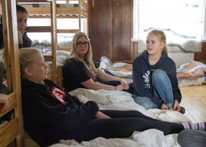 Lina Clahr, Savanna Lindgren Sköld och Anna Bengtson har många fina kollominnen tillsammans.