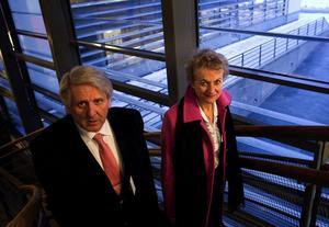 Bert Lindblad och generaldirektör Susanne Ås-Sivborg från Patent- och registreringsverket i Stockholm var förstås på plats för att möta sin gamla syster som nu hamnat i nya lokaler. Tidigare tillhörde ju de två verksamheterna samma bolag och Bert var med redan på den tiden.