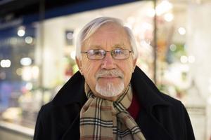 Dan Alexandersson, Härnösand:– Astrid Lindgren förtjänar priset. Hon är världskänd och översatt på väldigt många språk. Men tyvärr är ju det för sent.