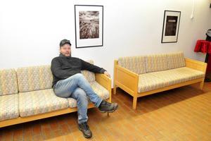 Peter Engman, fotograf från Säter, vill skapa ett dalacentrum för fotoutställningar på Folkets hus i Säter.