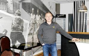 Mats Brokvist vill att VIK Hockey ska vara tydliga i sin kontakt ut till partners och supportrar.