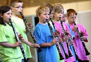 Fin musik. Kulturskolans avslutning inleddes med uppspelning av klarinettelever.