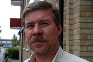 Rune Hammarberg, 47, områdeschef, Ånge:—Nej, den är bra som den är.