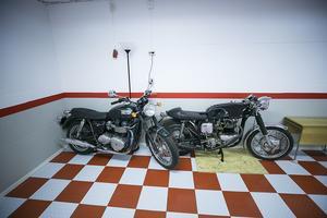 Det är endast engelska motorcyklar som faller Karl-Johan Olofsson i smaken.