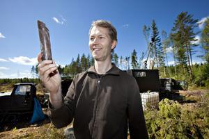 – Att få upp sten kan ta allt från en dag upp till en månad, säger Anders Zetterqvist, geolog hos Wiking Mineral AB.