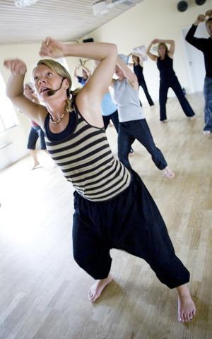 Många anläggningar. Det finns ungefär 70 anläggningar där man kan dansa till Afropowerdanc i Sverige. I Dalarna finns två anläggningar. Foto:Janne Eriksson