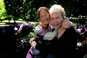 Mormor Karin Backlund köpte vinstlotten till Daniel som innebär att han får ut över två miljoner de kommande åren.