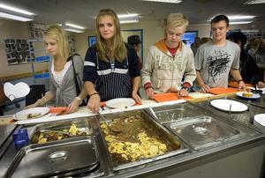 Tacos till lunch får Carolina Backström, Anna Lundqwist och Alexander och Simon Brink som tidigare gått i Friggesundsskolan, men ska gå sitt sista grundskoleår i Ede.