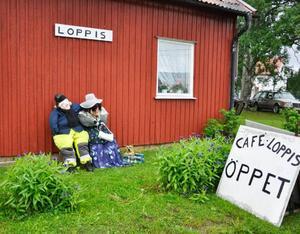 Mittemot Café Nostalgi finns även en loppis.