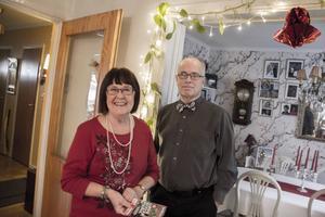 Eivor Hägg och Per-Olof Källström tjuvstartade julen med att öppna paket för en kvarts miljon.