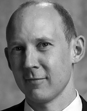 Måns Tham är arkitekt, stadsplanerare och adjunkt på KTH Arkitekturskolan. Med stöd av Konstakademien har han studerat handelsområden runt om i Sverige.