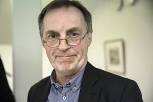 Olle Emanuelsson, ordförande för Vansbrosimningen, medger att han är oroad för den ekonomiska utvecklingen i föreningen.