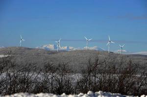 Vi behöver alla den orörda fjällvärlden för att komma bort från tätorterna och stressen i det industrialiserade samhället och att kunna koppla av i en orörd natur, skriver Björn Wahlberg (bilden från en vindkraftpark utanför Kiruna.)