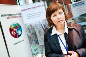 """Lidia Suokko, projektledare för Miljölänet Västernorrland, var på konferensen för att knyta kontakter med företag. """"Här kan vi skapa positiv utveckling för miljöfrågor"""", säger hon.  Foto: Håkan Luthman"""