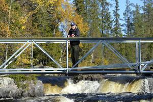 Anders Jernberg eldsjäl och numera också borbyggare på den nya hängbron vid Fjätfallen.