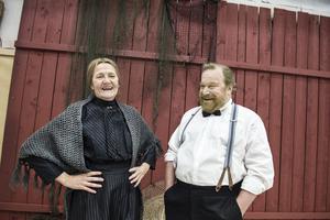 Ann Petrén och Claes Malmberg spelar huvudrollerna i