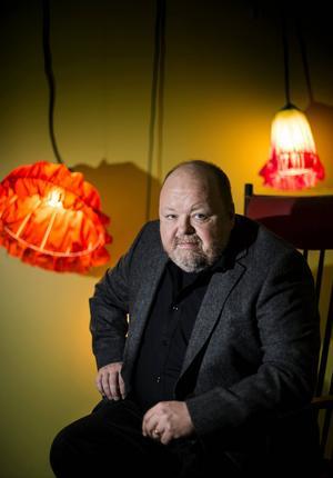 Den 26 mars kommer Kalle Moraeus till Sundsvall som blir det näst sista stoppet med turnén