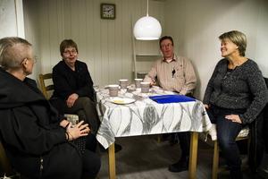 Yvonne Oscarsson och Ulla Andersson diskuterade utmaningarna med att driva lanthandel tillsammans med Irene Lundgren och Johan Svensson från Los lanthandel.