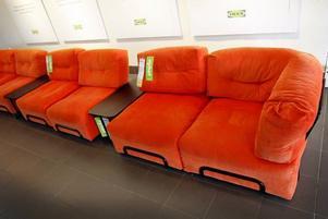 Rörberg ligger inte långt från Valbo och har gett namn åt en soffa som möter besökarna i entrén.